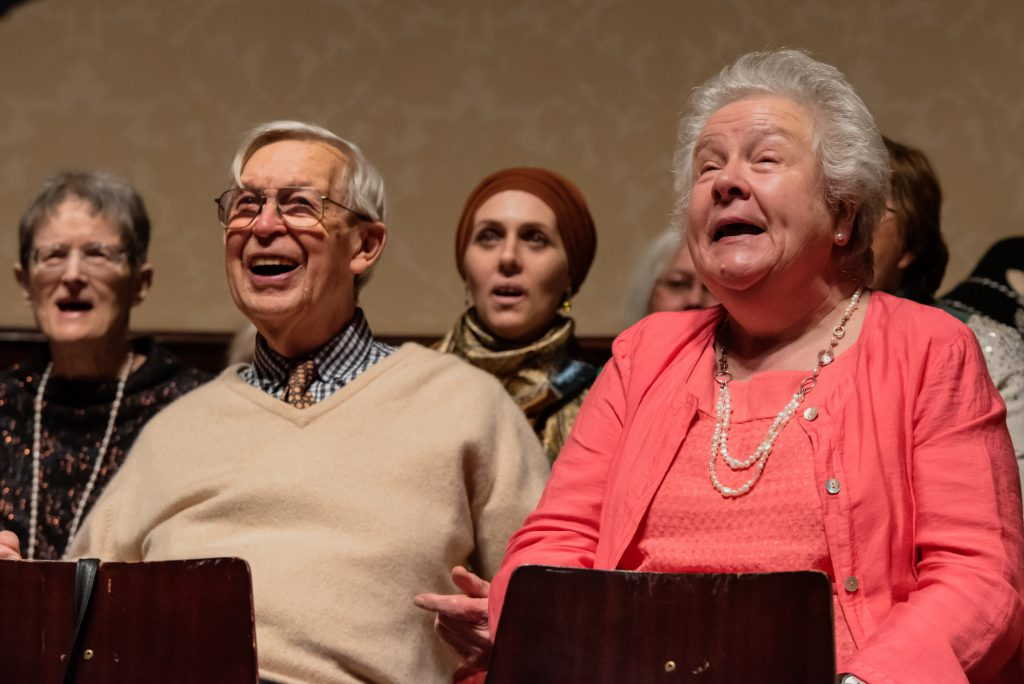 A singing lesson at Wigmore Hall for families and people living with Dementia